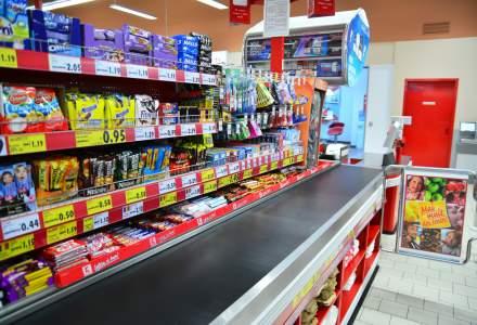 Proiect de lege pentru combaterea obezitatii: supermarketurile, obligate sa aiba case de marcat care sa nu mai expuna dulciuri
