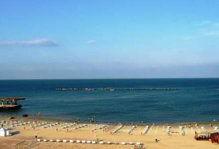 Ministrul Turismului: Peste 70% din locurile de cazare de pe litoral, vandute in aceasta vara