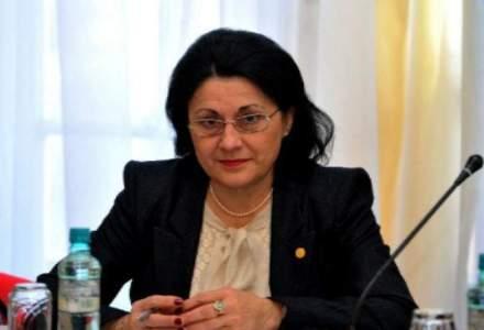 Ecaterina Andronescu se razgandeste si spune ca probele vocationale de admitere la liceu se sustin de maine