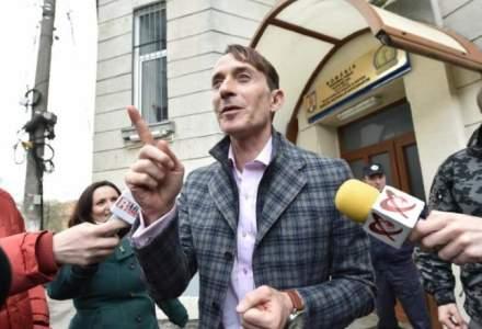 Radu Mazare se afla in custodia Politiei Romane si este asteptat in tara