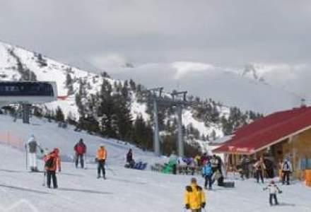 Turistii pot schia in acest week-end la Poiana Brasov, Predeal si Azuga