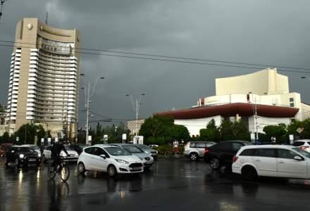 Prognoza speciala pentru Bucuresti: Ploi torentiale, descarcari electrice si vijelii, pana aproape de miezul noptii