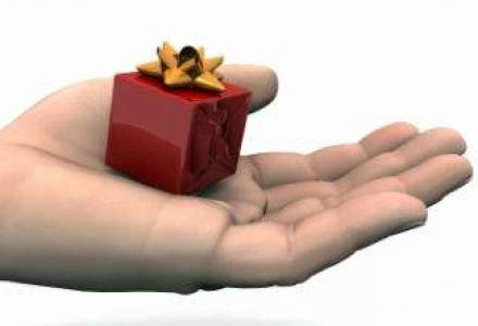 Modalitati inteligente de a trimite cadouri business acest sezon