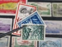 Sute de timbre furate din...