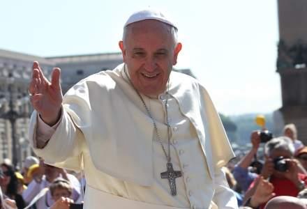 Papa Francisc, omagiu pentru romanii din diaspora: Sa ne gandim la fratii si la surorile noastre care sunt in strainatate e un act de patriotism, de fraternitate