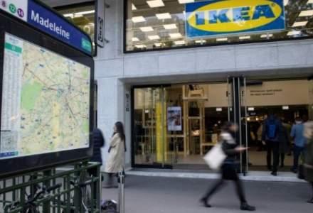 IKEA isi remodeleaza business-ul: focus pe cumparaturi online si magazine centrale