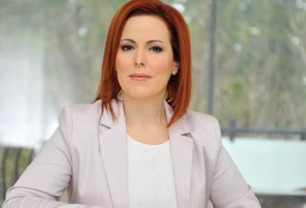 "Lider Business Woman Forum: Cum sa ""iti albesti"" imaginea din online?"