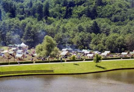 Lacul Noua si Pietrele lui Solomon din Brasov, reamenajate ca locuri de picnic si relaxare