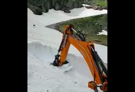 Transfagarasanul va fi redeschis incepand cu 1 iulie. In prezent, zapada are peste 7 metri in unele locuri