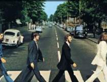 The Beatles si Mick Jagger ar...