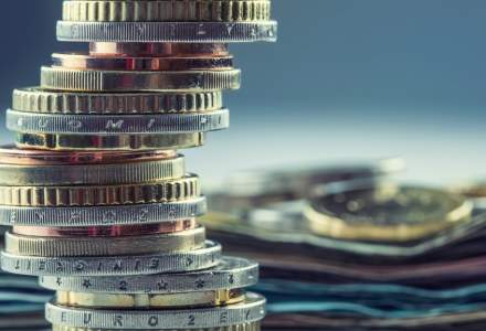 """Deutsche Bank infiinteaza o """"banca de rebuturi"""" de 50 mld. euro"""