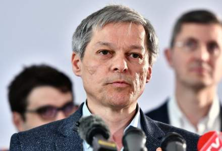 Dacian Ciolos a fost ales liderul grupului Renew Europe din Parlamentul European