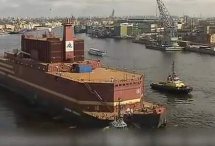 """Rusia va inaugura luna viitoare o centrala nucleara plutitoare in zona arctica, numita de ecologisti un """"Cernobil plutitor"""""""