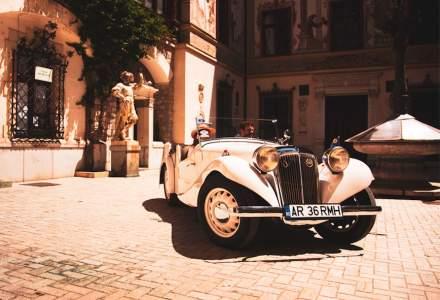 Concursul de Eleganta Sinaia 2019 - Victorie regala: Al treilea automobil din colectia Regelui Mihai I a revenit la Peles dupa 70 de ani
