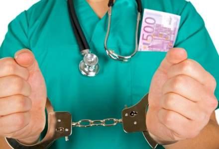 Florin Secureanu, fostul manager al Spitalului Malaxa, judecat pentru delapidarea a 9 milioane de lei, este balneolog la spitalul din Jibou