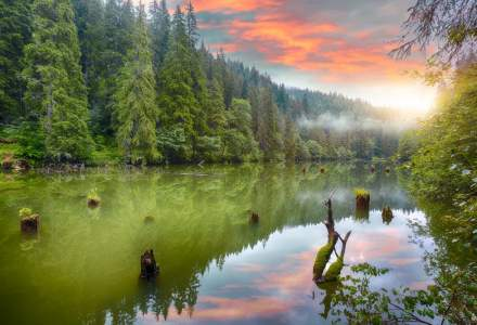 VIDEO Locuri de vizitat la munte: Cele mai frumoase atractii turistice din Romania si legendele care le insotesc