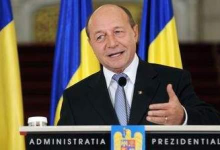 Basescu: Garantez ca romanii nu vor invada Marea Britanie din 2014