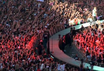 """Politicienii, locuri """"de lux"""" si gratis la concertul Bon Jovi"""