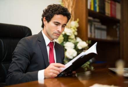 Studiu Deloitte: Doar 1 din 4 oameni de afaceri are un plan clar de succesiune pentru pozitia de director general