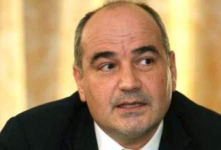 Adrian Mitroi: Orice leu sau euro imprumutat finanteaza doar deficitul, nu cresterea economica