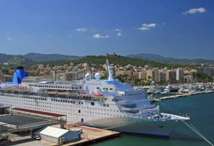 Doua destinatii de vacanta europene cauta solutii pentru a limita numarul turistilor