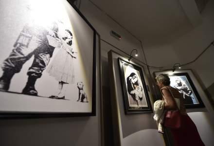 """Expozitia """"The Art of Banksy"""" de la Arcul de Triumf si sustinuta de PMB, vernisata fara acordul artistului"""