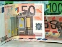 Euro s-a apreciat peste...