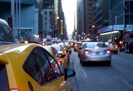 Studiu: Serviciile de ride-hailing precum Uber sau Bolt contribuie la cresterea traficului in centrul marilor orase