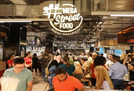 """Mega Image a deschis primul spatiu """"street food"""". Ce restaurante consacrate gasiti acolo"""