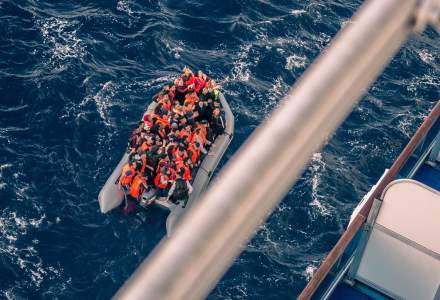 MAE: Romania a raspuns favorabil privind apelul Comisiei Europene de relocare a unor migranti din Malta