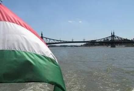 Maghiarii provoaca din nou: vor steagul secuiesc arborat in Parlament