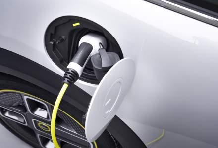 O noua masina electrica poate fi comandata in Romania. MINI Cooper SE costa de la 33.000 euro