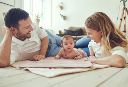 Concediul de crestere a copilului: jumatate dintre parinti iau cei mai putin bani. Doar 1% incaseaza 8.500 de lei