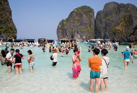 Turismul, o industrie care bate record dupa record. Cine castiga si cine pierde?