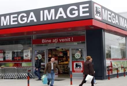 Doua magazine Mega Image, amendate: produse depozitate si ambalate incorect