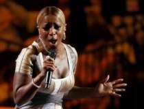 Mary J. Blige, datoreaza...