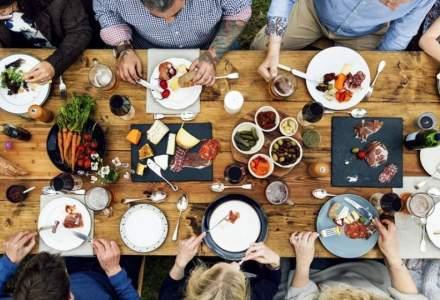Edenred: Angajatii romani cheltuiesc 25 de lei pe masa de pranz de la restaurant. Creste numarul de tranzactii cu cardul de masa