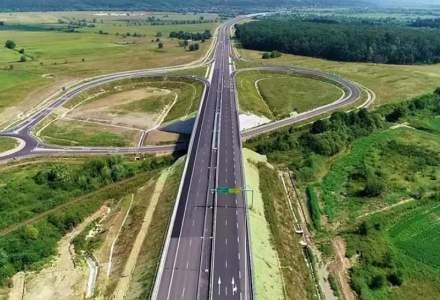 Lotul 3 al Autostrazii Lugoj-Deva s-a crapat si o parte din terasament risca sa se prabuseasca