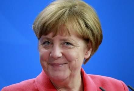Angela Merkel vrea un pret pe emisiile CO2 pentru stimularea dezvoltarii masinilor electrice