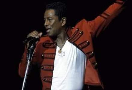 De ce a renuntat unul dintre fratii lui Michael Jackson la numele de familie
