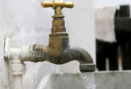 Orasul care sta de 5 zile fara apa. Scolile si gradinitele au fost inchise