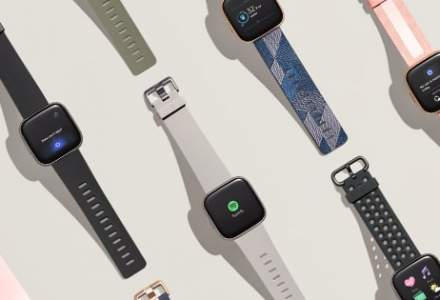Fitbit analizeaza o posibila vanzare din cauza dificultatilor in tranzitia la ceasurile inteligente