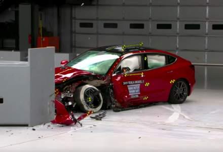Tesla Model 3 obtine cel mai bun punctaj la testele de siguranta ale americanilor - VIDEO