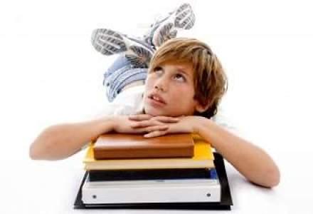 Pricopie propune mentinerea clasei a IX-a in liceu. Ce spun sindicatele si parintii