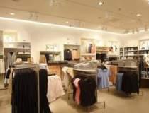 H&M deschide joi un magazin...