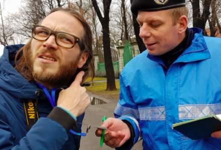 Jurnalistul german amendat la protestele din Piata Victoriei a castigat procesul cu Jandarmeria