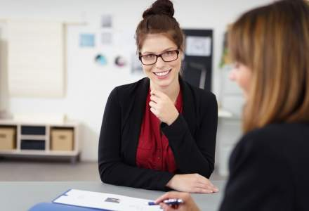 Cele mai importante trei intrebari pe care sa ti le adresezi inainte de a accepta un job