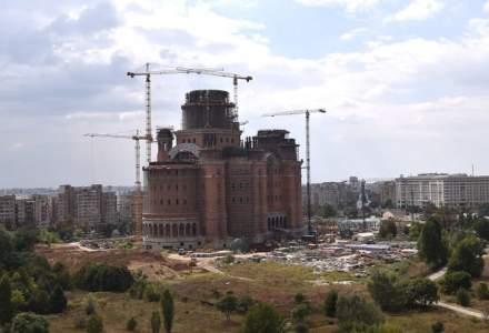 Primaria Sectorului 1 vrea sa mai dea 10 milioane de lei pentru Catedrala Mantuirii Neamului