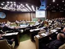 Trei actionari SIF Moldova au...