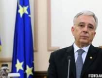 """Isarescu, """"politicianul"""" in..."""
